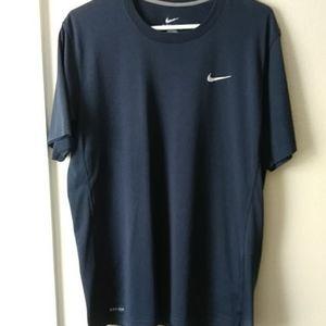 Dri-fit Nike Large